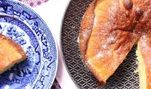 Gâteau moelleux citron et fleurs de sureau