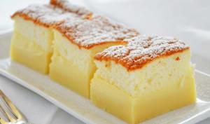Gâteau magique léger à la vanille