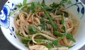 Linguine à l'anchois et aux noix