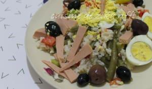 Salade de riz à la mortadelle de dinde fumée thon et haricots verts