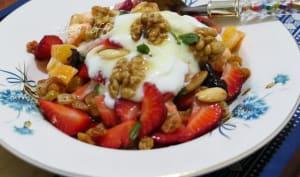 Bowl de fruits à la fleur d'oranger yaourt et miel