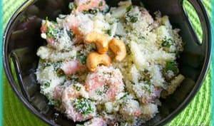 Salade indienne aux crevettes et à la pomme