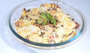 Gratin de pommes de terre aux jeunes feuilles de ronce