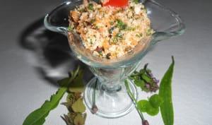 Taboulé de chou-fleur et de carottes aux plantes sauvages