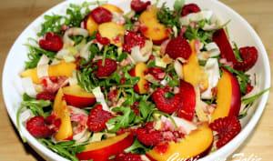 Roquette, endives aux nectarines, framboises et cinq épices