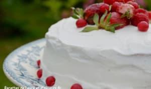 Fraisier à la vanille, gâteau fourré à la chantilly et aux fraises