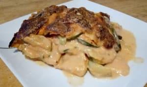 Le gratin de pommes de terre, courgettes et mozzarella