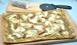 Pizza pesto de coriandre poulet