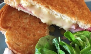 Le grilled cheese au camembert