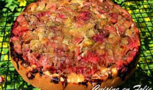 Upside-down cake à la rhubarbe