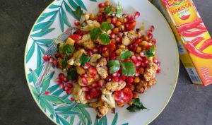 Salade de chou-fleur épicé aux pois chiches et graines de grenade