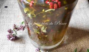 Huile aromatisée à la marjolaine