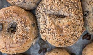 Bagel vegan aux noix et graines