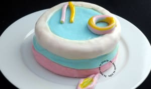 Gâteau d'anniversaire piscine