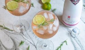 Cocktail au crémant ICE rosé, gin et tonic