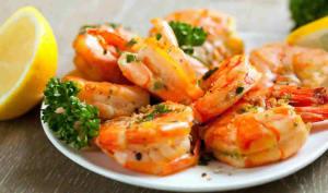 Crevettes à l'ail et citron