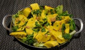 Salade d'avocat vinaigrette balsamique au gingembre