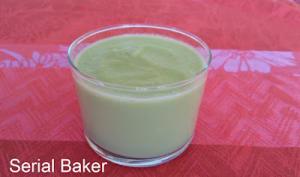 Soupe froide de concombre et avocat rôti