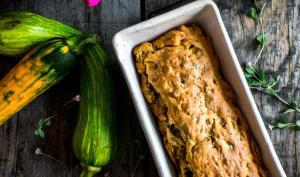 Cake aux courgettes, citron vert et basilic