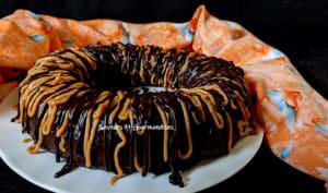 Cake au beurre d'arachide et au chocolat.
