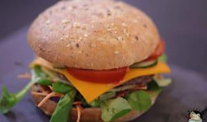 Hamburger bœuf crudités