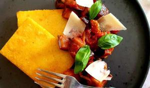Polenta grillée et compotée d'aubergines