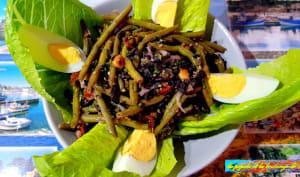 Salade de haricots verts et riz noir
