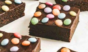 Brownie fondant avec ganache au chocolat et Smarties
