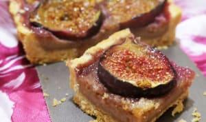 Tarte figues fraîches, crème aux noix et aux amandes