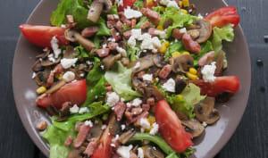 Salade aux champignons et lardons grillés