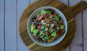 Salade de concombre et pois chiches
