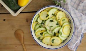 Salade de courgettes crues, citron et basilic