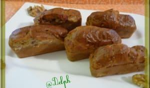 Mini cakes roquefort, noix et lardons fumés