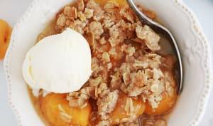 Crumble aux abricots et flocons d'avoine