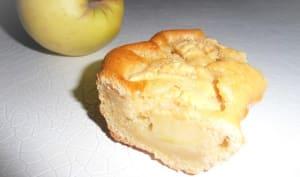 Gâteau au yaourt nature et aux pommes
