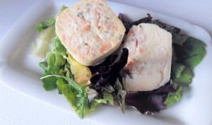 Quiche sans pâte saumon fumé et fromage ail et fines herbes