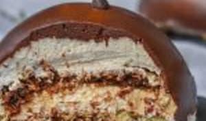 Dôme au chocolat et son cœur croustillant praliné