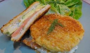 Croque saumon fumé, crème à l'aneth et avocat