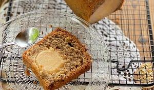 Cake farine de sarrasin, poires pochées