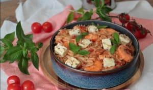 Risoni aux crevettes, tomates et feta marinée