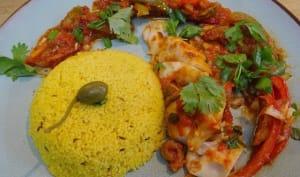Cabillaud à la mexicaine, poivrons, piments doux, câpres, olives et sauce tomate
