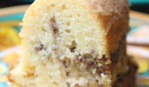 Gâteau aux noix hachées et cardamome