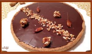 Tarte aux amandes caramélisées à la ganache au chocolat et lait d'amande