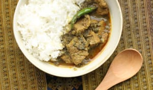 Curry d'agneau au thé fermenté