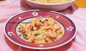 Spaghetti aux crevettes sauce au yaourt
