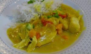 Aiguillettes de poulet au curry, citronnelle et gingembre