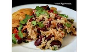 Poêlée de poulet au riz et aux haricots noirs