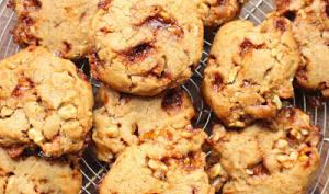 Cookies vegan aux noix et au caramel