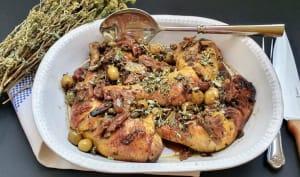 Poulet rôti aux dattes et aux olives