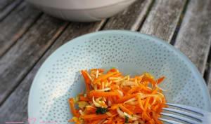 Salade de carottes et d'endives, sauce au miel et gingembre